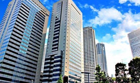 ビルが立ち並ぶ都会のコンクリートジャングル
