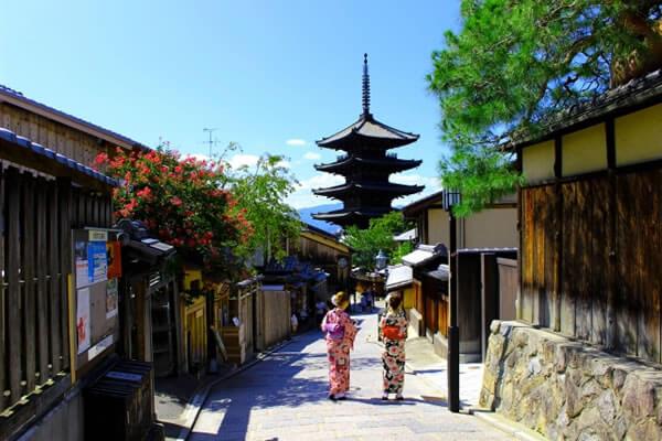 京都の東寺五重塔
